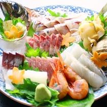 【皿盛り お造り増量】富山湾の朝獲れ 魚介類使った♪こだわり会席をご賞味下さい