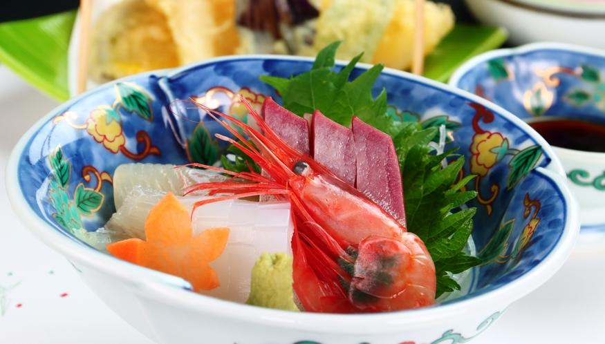 【お造り】季節のオススメ料理の会席料理