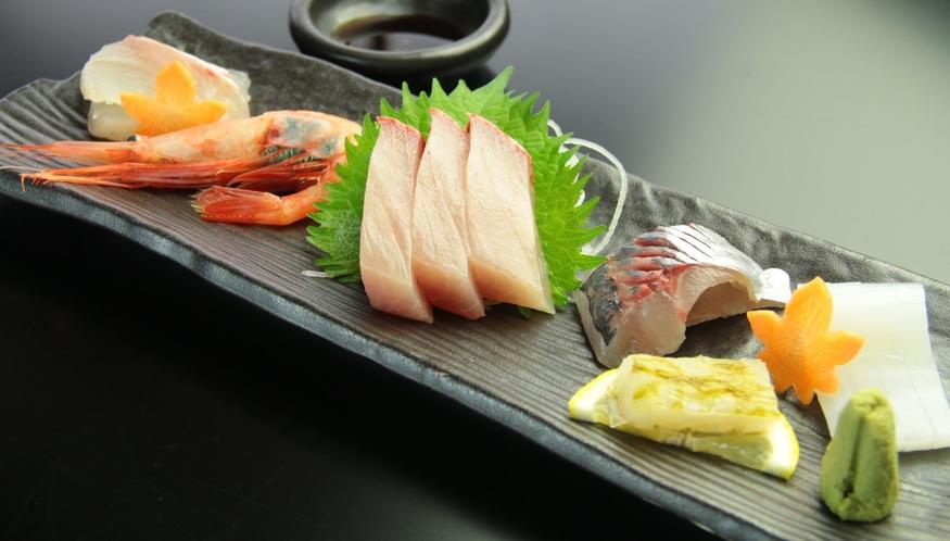 【お刺身6種】季節のオススメ料理の会席料理