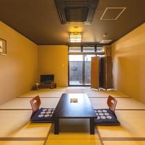 【和室露天風呂付き】温泉をひいた露天風呂付のお部屋です。