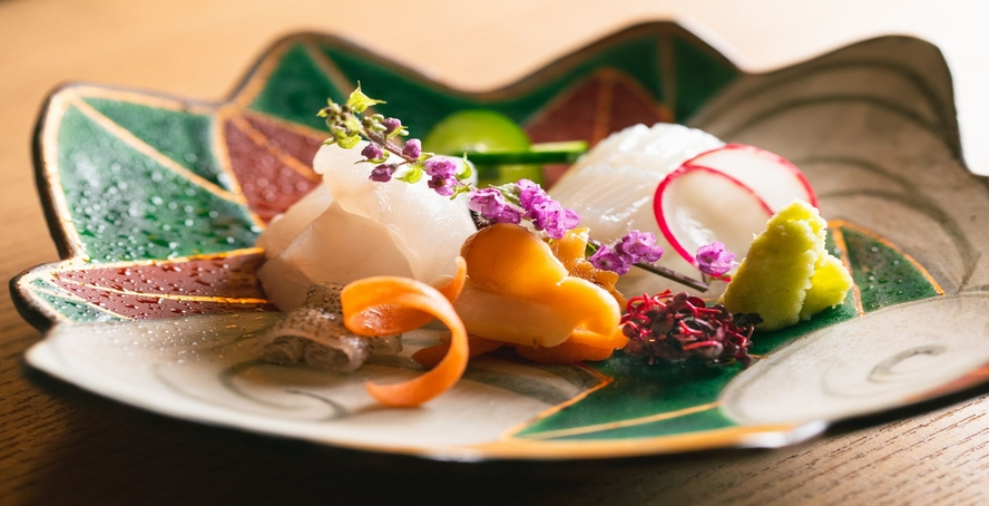 【お食事】【お食事】直前までより良い仕入れに努め、愛媛の旬魚介をご提供(例)