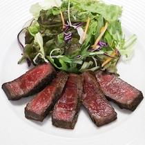 <料理一例>黒毛和牛の和風ステーキ
