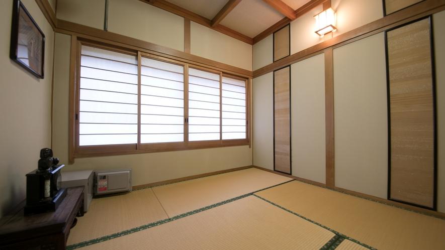 【6畳+4.5畳】二間続きのお部屋。落ち着いた空間でゆったりと。
