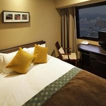 ダブルルーム/全室が角部屋でビジネスユースやカジュアルユースにも最適なお部屋です。