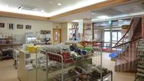 【施設】地元島根や安来のお土産コーナーです。
