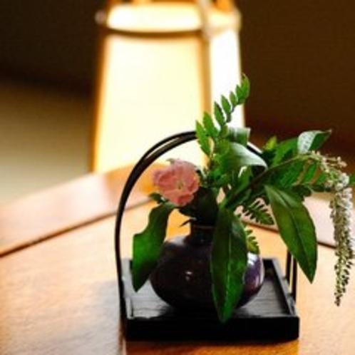 【客室】生花に癒されて…