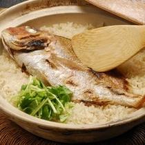 【料理一例】宿名物!鯛飯