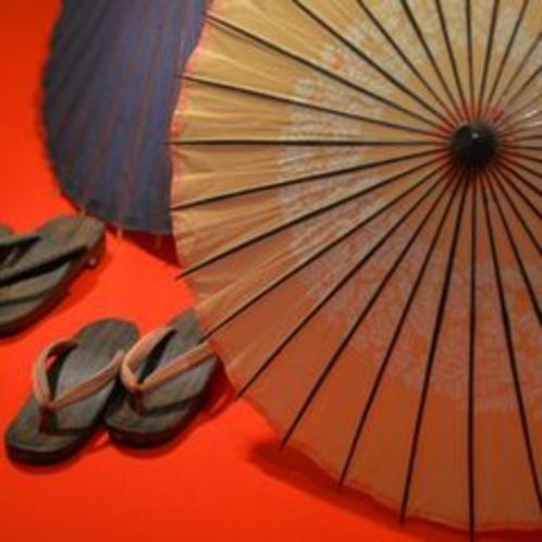 ■エントランス、和傘・草履