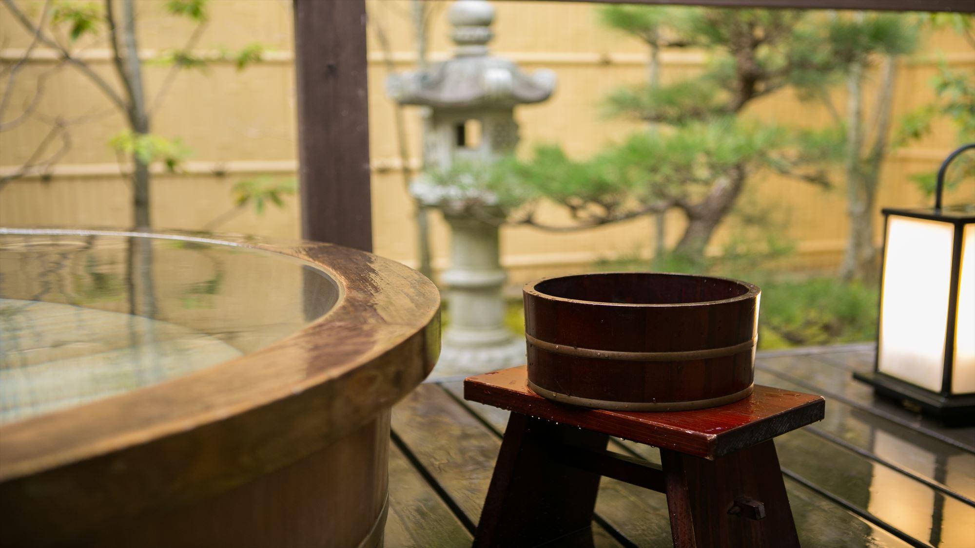 鹿鳴山荘【松】露天風呂付き和室
