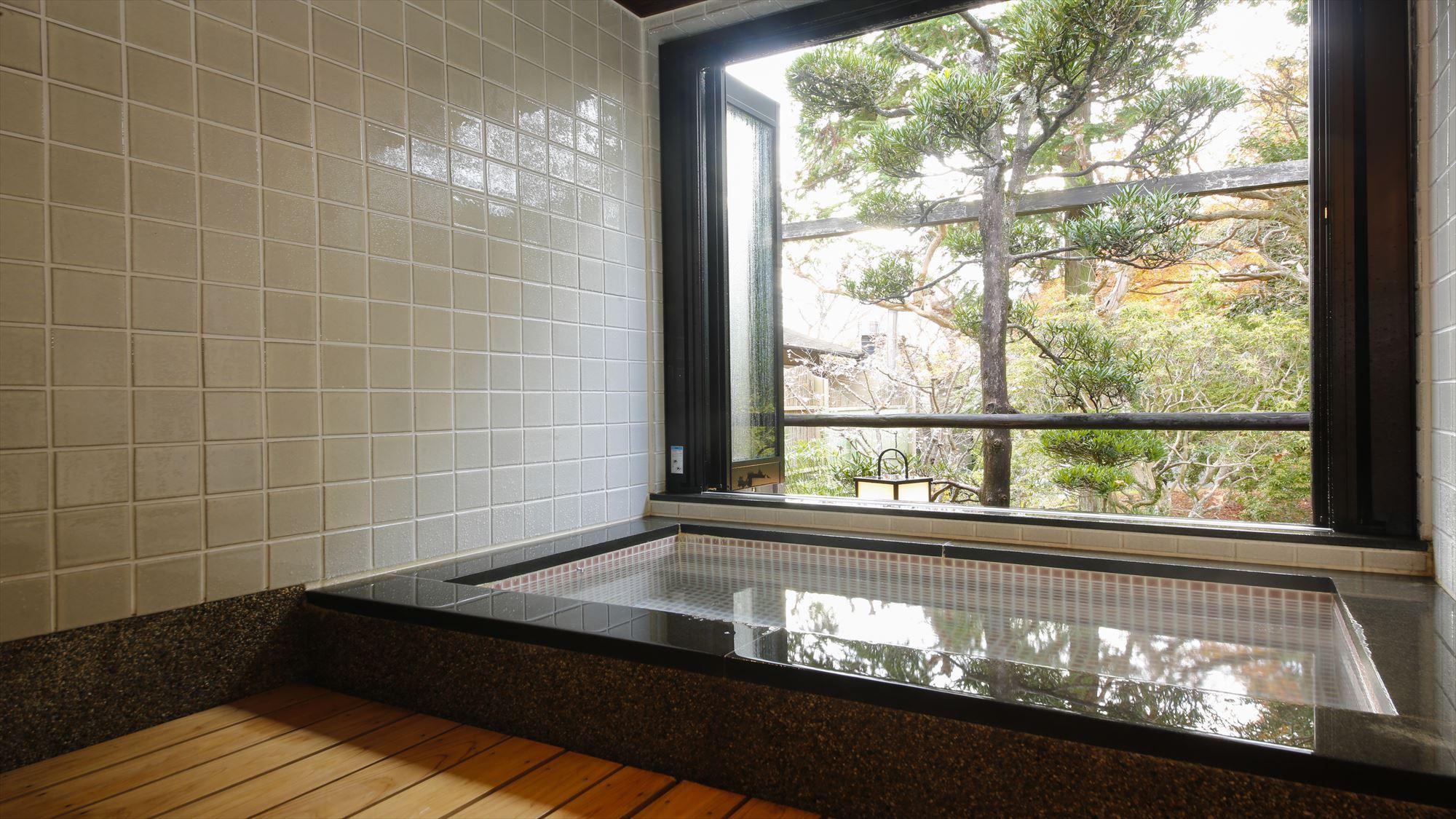 鹿鳴山荘【桜】の部屋風呂
