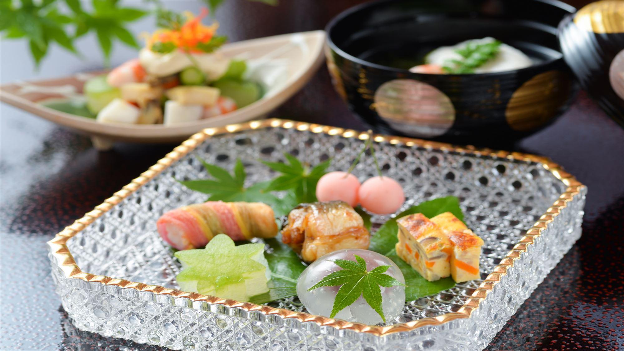季節の会席【夏】の料理の一例
