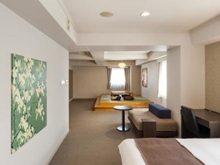 【禁煙】最上階和洋室 大人7名まで利用可 畳スペース有り