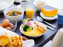 洋食イメージ(サラダ・スープ・パン等ビュッフェスタイル)