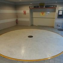 立体駐車場【制限有・先着順】