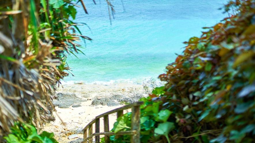・宿の前のビーチ