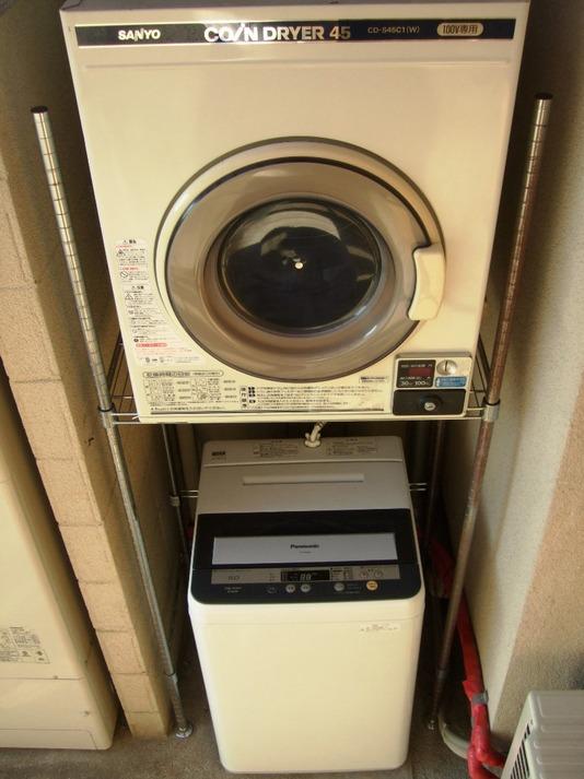 洗濯機とコイン乾燥機