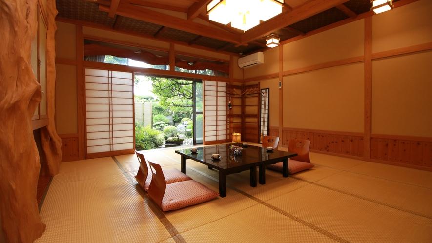 【旅館15畳】グループや家族に最適な広々和室はバス・トイレ・洗面付