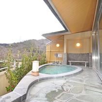 *【露天風呂】温泉でリフレッシュするなら露天風呂。温かな湯があなたを包み込みます