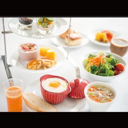 【洋・朝食】見た目にもワクワクする演出を施した色鮮やかな洋定食メニュー