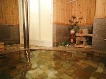 館内のお風呂は、「 天然の佐津温泉 」です。