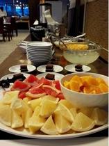 朝食バイキング フルーツ