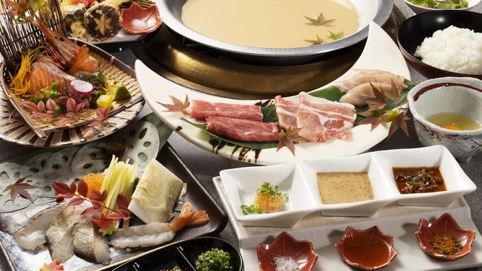 【こどもから大人までみんな大好き!】★千屋牛も入った肉・野菜・海の幸10種のしゃぶしゃぶ★