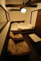 ブック・洋室ツイン【宿泊費をおさえて京都を満喫】