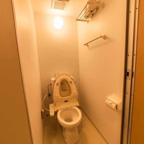 独立型トイレ