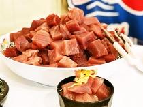 新鮮なマグロが食べ放題!お刺身やマグロ丼等お好みでお召し上がりくださいませ♪!