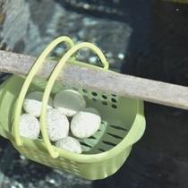 【名物ラジウム玉子作り見学】高温の源泉で作るラジウム玉子を出来立てで(朝7:30ロビー集合)