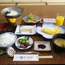 *【朝食全体例】爽やかな朝の空気の中で、美味しいお食事を食べればすっきりお目覚め♪
