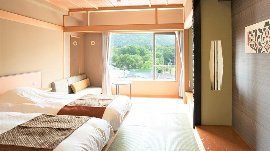 【山側】和室ツイン(客室一例)/表情豊かな阿寒の大自然をお愉しみくださいませ。