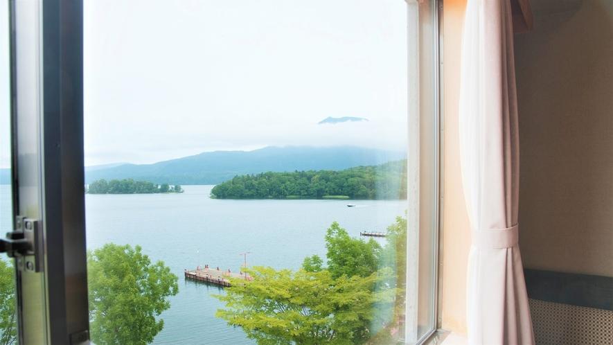 【湖側】和室(客室一例)/湖側客室からの眺望一例