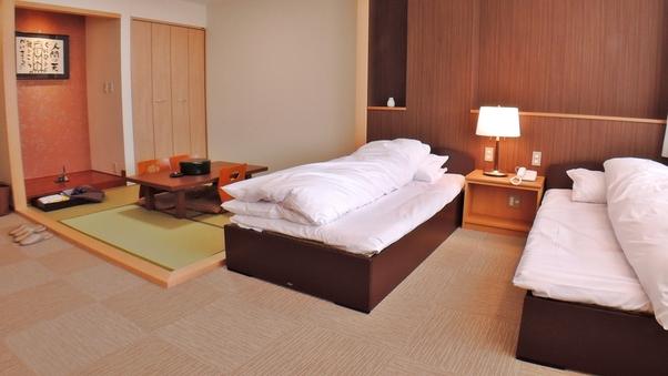 ■和洋室(ツインベッド+4.5畳)/鍵付ロッカー