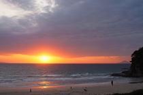 海と朝日のグラデーション