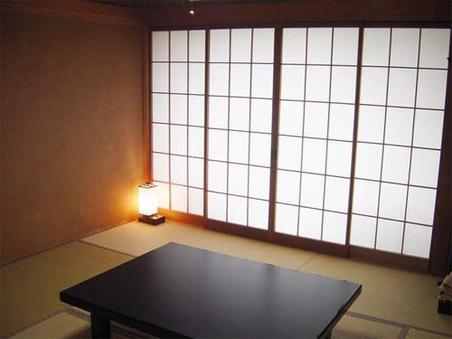 和室8畳〜10畳(眺望の良いお部屋です)
