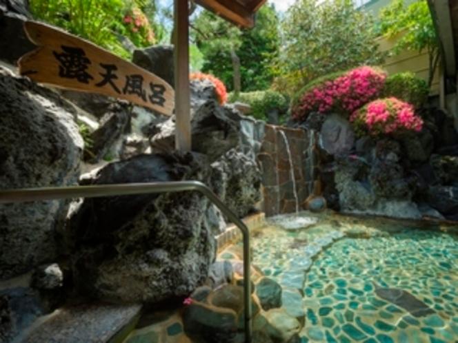 元湯庭園風呂露天(殿方)/鐘山苑の大浴場もお愉しみ下さい
