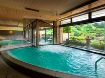 赤富士大浴場内湯(殿方)/鐘山苑の大浴場もお愉しみ下さい