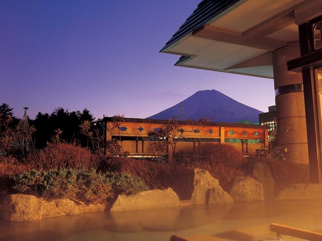 赤富士大浴場露天(ご婦人)鐘山苑の大浴場もお愉しみ下さい