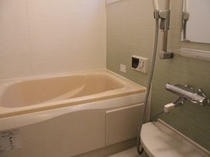 1F 浴室
