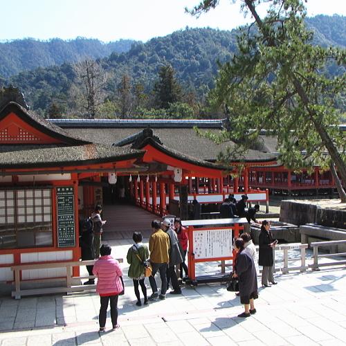 ■厳島神社 拝殿入口