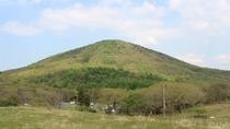 *【周辺の風景】夏は山全体が豊かな緑に包まれます