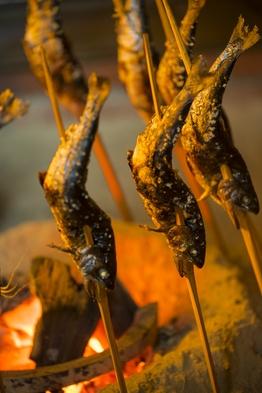 【1日2組様のみ受け入れの宿!】囲炉裏でほっこり郷土料理を味わう宿!!《1泊夕食のみ》