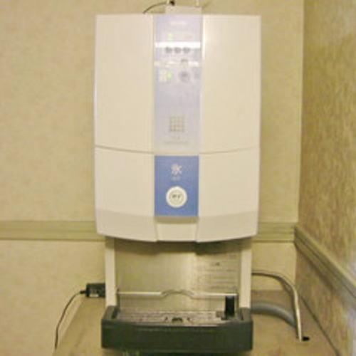 4階 製氷機 ※お部屋からコップをお持ちの上ご利用くださいませ
