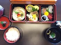 京風和膳の一例【要事前予約】。彩り豊かなおかずが美味しそうです♪