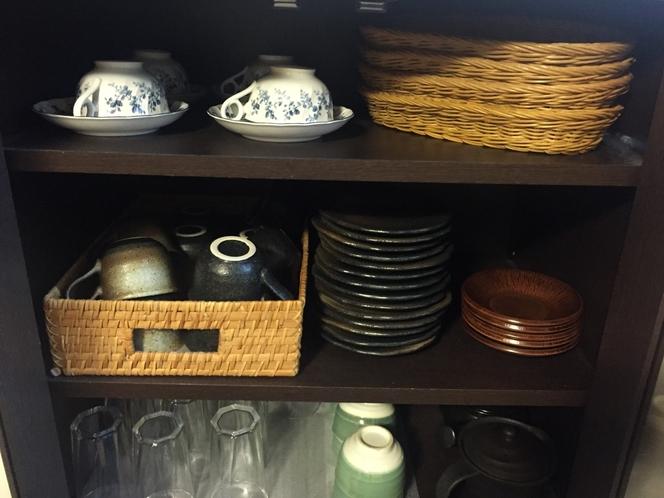 キッチン コーヒー・紅茶のカップやグラスなど片手に旅の話に花咲かせて下さい。