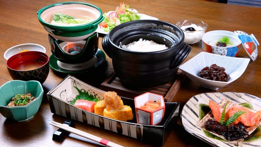 *朝食一例/目覚めの体を優しく温める和朝食