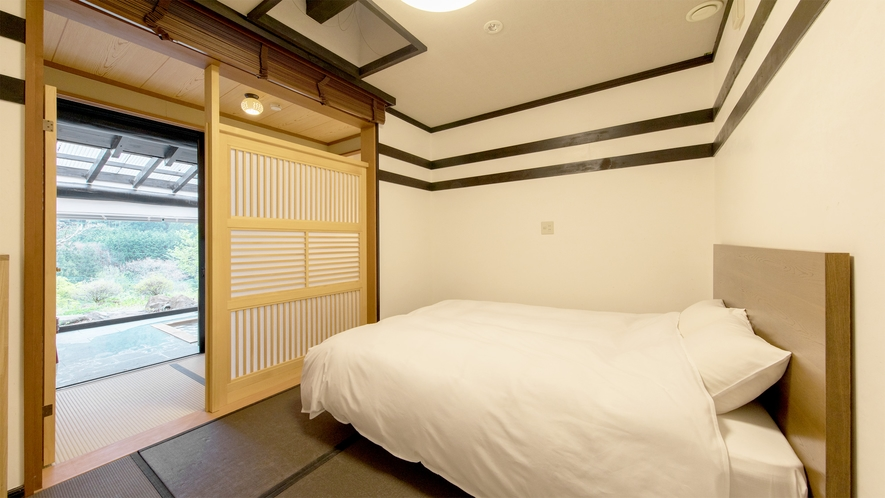 *和室6畳/シモンズのクイーンベッドで上質な眠りを