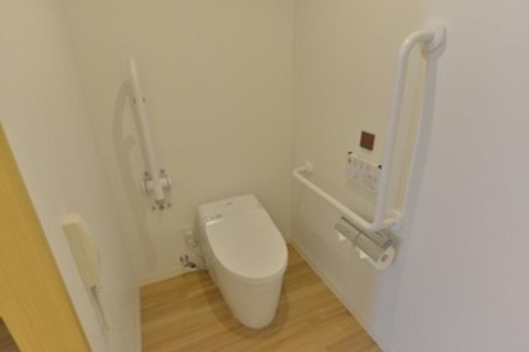 ユニバーサルルーム 客室内トイレ