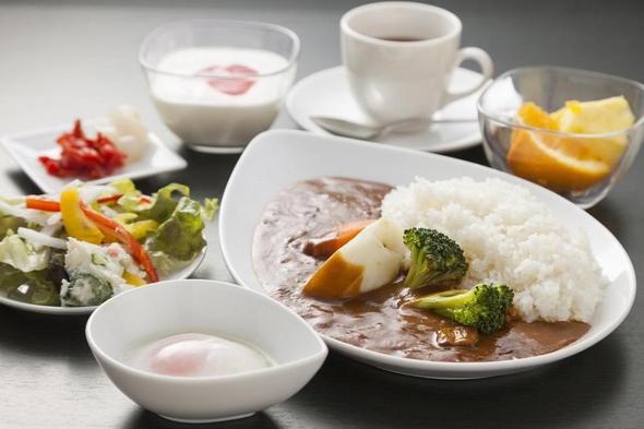 【秋冬旅セール】【日替り】【セミバイキング朝食付】 絶品焼き立て!あじの干物を召し上がってください♪